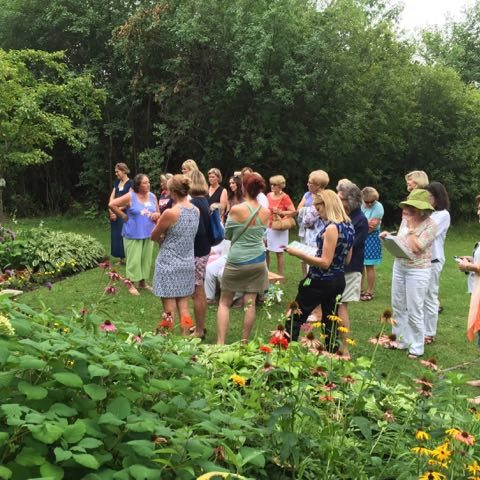 Sister Garden Tour at Connie Getsch